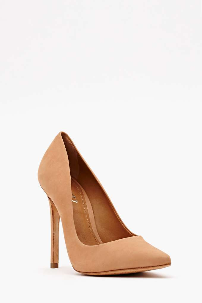 Schutz Libertine Pump - Nude | Shop Back In Stock at Nasty Gal