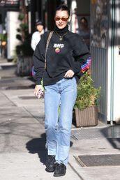 sweater,jeans,denim,streetstyle,model off-duty,bella hadid