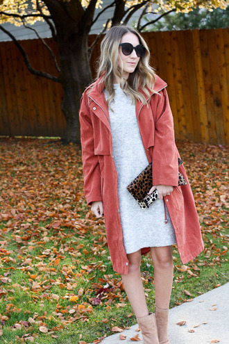 twenties girl style blogger coat sweater dress shoes sunglasses bag fall outfits red coat clutch knitted dress