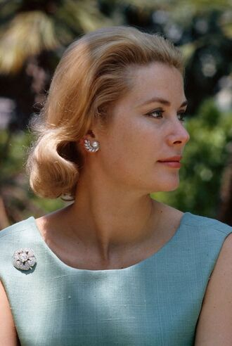 make-up brooch grace kelly actress earrings hairstyles natural makeup look retro