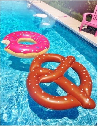 swimwear floats pool buoy donnuts bretzel pretzel fank dounouts yummy pool accessory where can u get this from? home accessory pool float cute pool party summer pool pretzel