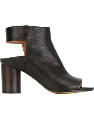 cut-out sandals black shoes
