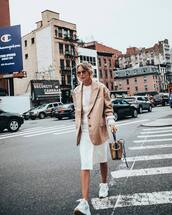 bag,handbag,snake print,white sneakers,front slit skirt,white skirt,midi skirt,oversized,blazer,sunglasses,earrings