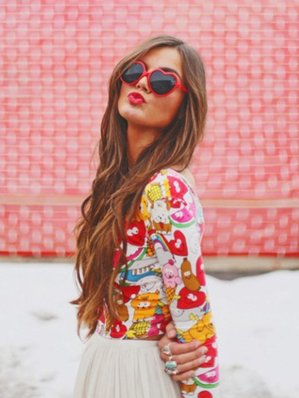 shirt crop tops cartoon red clothes nastygal sunglasses