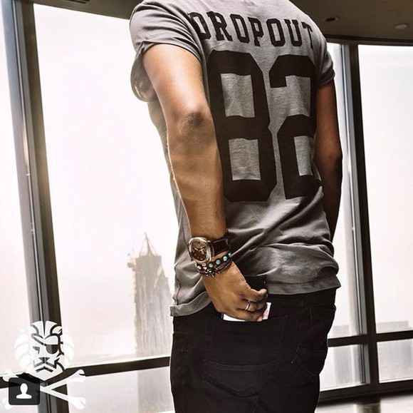 grey t-shirt dropout dropout82 82 style drop out picture eighty eightytwo two eight numbers