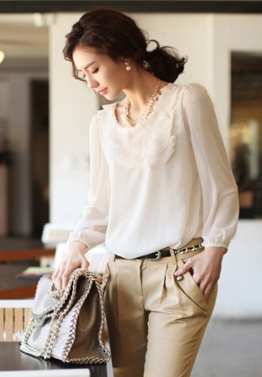 Wholesale plus size pleated collar long sleeve chiffon top apricot