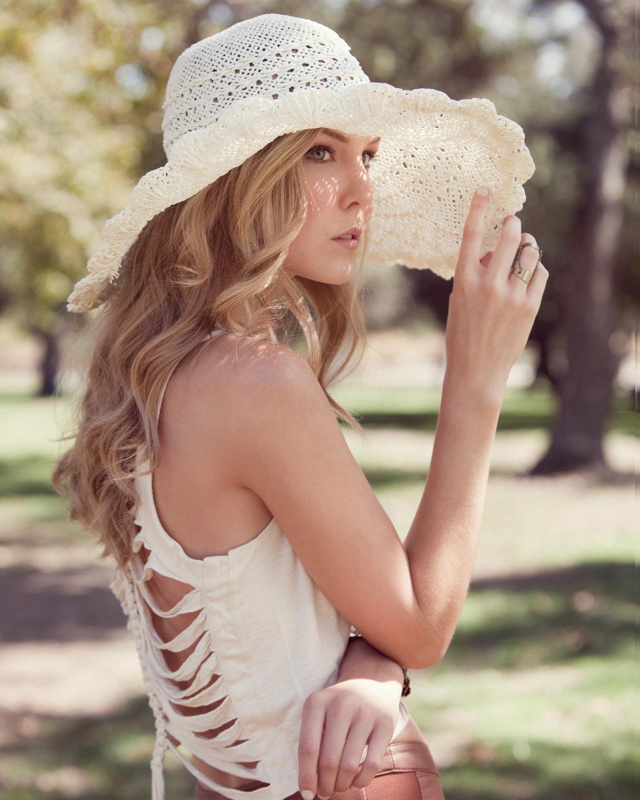 Women - Alexandra Gibbs