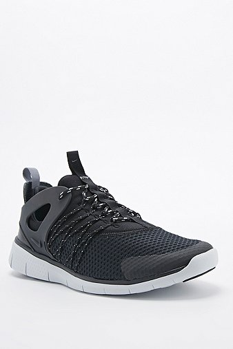 nike free virtuous outfitter