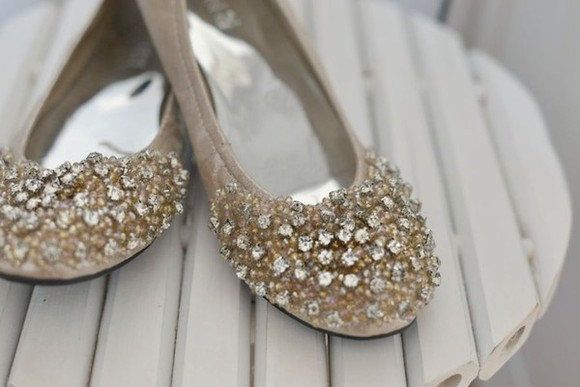 ballerinas shoes cute beautiful beige elegant falts nude sequins Sweet girly Diamonds swarovski silver gold sequins gold feminine bohemian glitter Fashion beige shoes Love style party party shoes Party flats flats ballet flats sparkles diamonds rhinestone