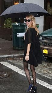 dress,fall outfits,emma roberts,boots,sunglasses,tights