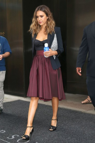 jessica alba shoes top skirt