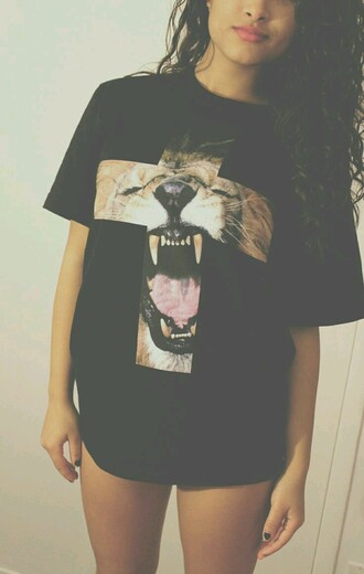 t-shirt cross lion black t-shirt