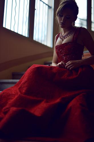 kayture blogger dress jewels