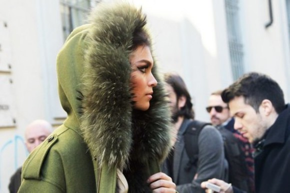 jacket army green parka coat parka fur hooded hooded jacket