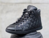 shoes,sneakers,quilted,high tops,edgy,grunge,high top sneakers,chanel,flats,shoes black grunge flat