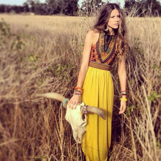 dress black jewels necklace print floral dress hat summer bohemian summer dress girly style beach casual maxi dress slit dress trendy clothes urban cut-out dress boho dress sexy dress yellow yellow skirt floral chiffon chiffon dress girl fashion fashionista beach dress summer outfits date outfit cute outfits tumblr