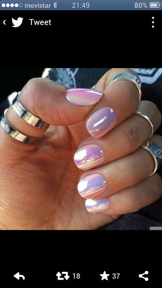 nail polish pearl holographic