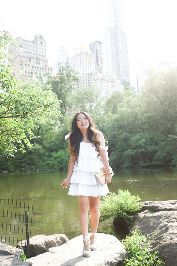 1729d1bfd43 tineey blogger dress shoes bag wedges espadrilles mini dress white dress  clutch summer outfits.