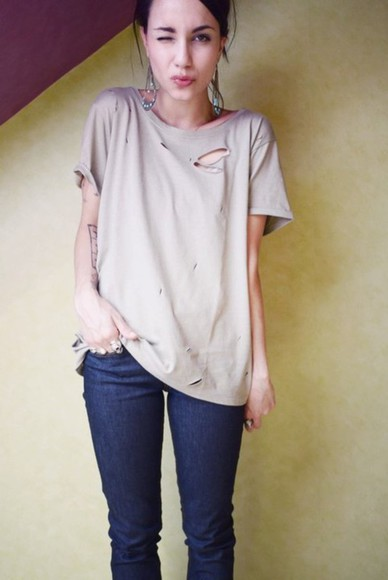 brown t-shirt coline