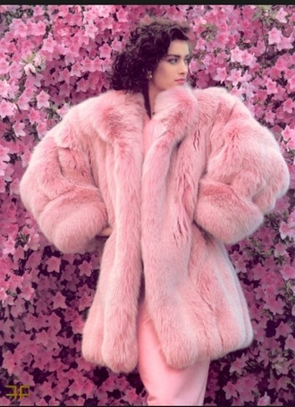 Fluffy Pink Coat - Shop for Fluffy Pink Coat on Wheretoget