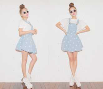 dress overall dress overalls blue overalls hipster crosses white crosses blue skirt pattern blue white denim sweet summer high waisted skirt high waisted cute cute dress short dress t-shirt cross pattern round sunglasses hair bun pink lipstick white shoes pinafore pinafore dress denim pinafore