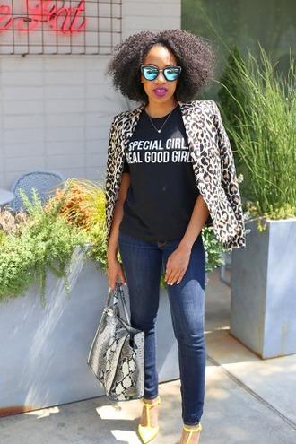 mattieologie blogger jacket t-shirt shirt jeans bag