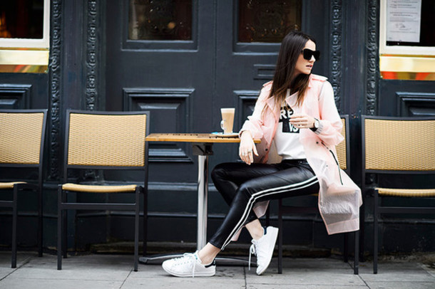 fashion vibe blogger t-shirt leather pants stan smith pink coat jacket black leather pants sunglasses black sunglasses sneakers white sneakers low top sneakers