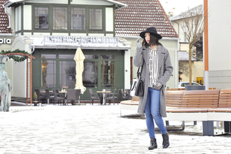 shiny sil blogger gloves long coat grey coat print coat blouse pants bag hat top shoes