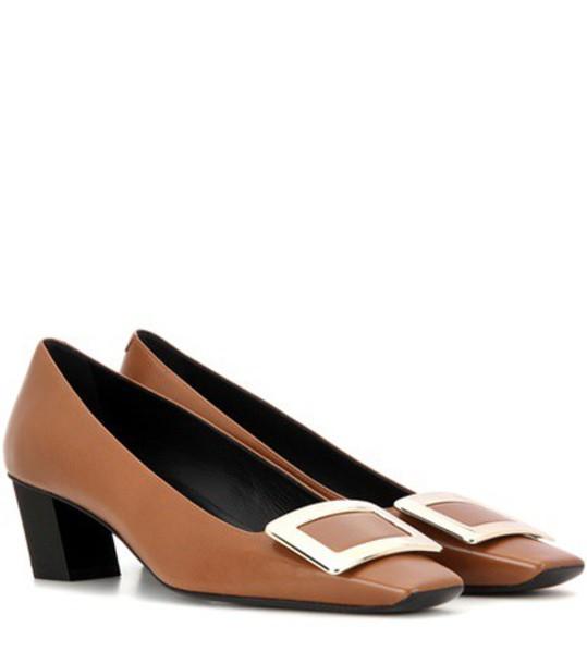 Roger Vivier pumps leather brown shoes