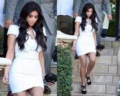 bag,kim kardashian clutch,bottega veneta clutch,bottega veneta knot clutch,knot clutch,knot woven clutch,celebrity style steal,fashion clutch,black clutch,kim kardashian