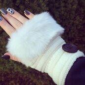 gloves,cherry diva,faux fur,fur,fur trim,knitwear,bailey button