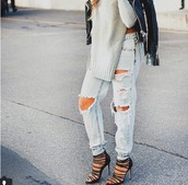 jeans,ripped jeans,light blue,sexy jeans,boyfriend jeans,light blue jeans,top