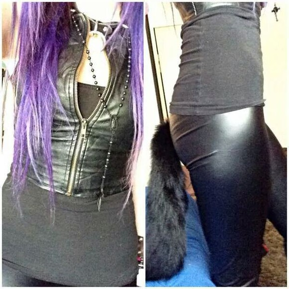 sleeveless top leather jacket zip