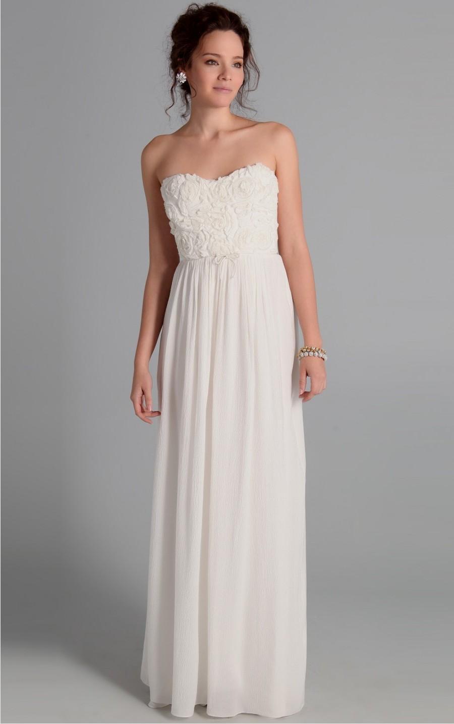 3827603a9261 casual white maxi dresses Naf Dresses