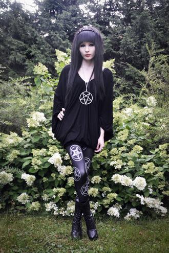 pants black black leggings black suit pentagram pentagram necklace pentagram leggings witch vicca goth satan jewels shirt