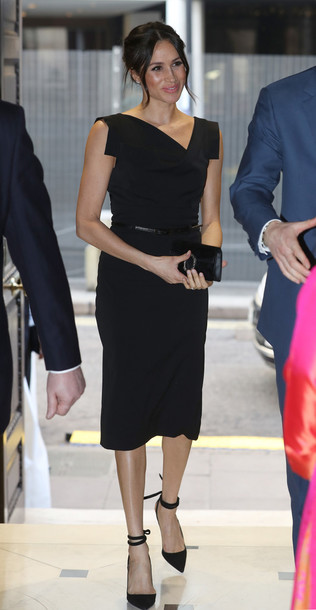 dress black dress midi dress pumps meghan markle classic shoes