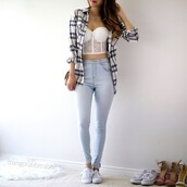 top,lace top,corset top,white lace croptop,shirt,jeans,cardigan,bralette,bustier,white,lace