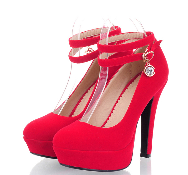 Fashion cute high heel shoes