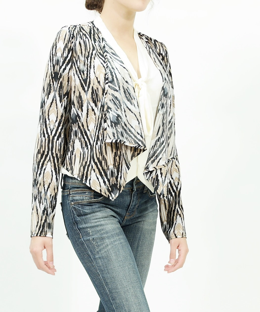 Light weight print crop jacket