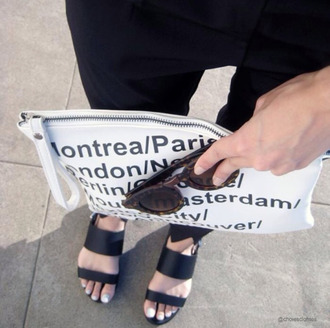 bag sandals fashion tumblr instagram miley cyrus justin bieber dope indie grunge black and white black white purse sunnies sunglasses boho clutch american apparel acacia brinley
