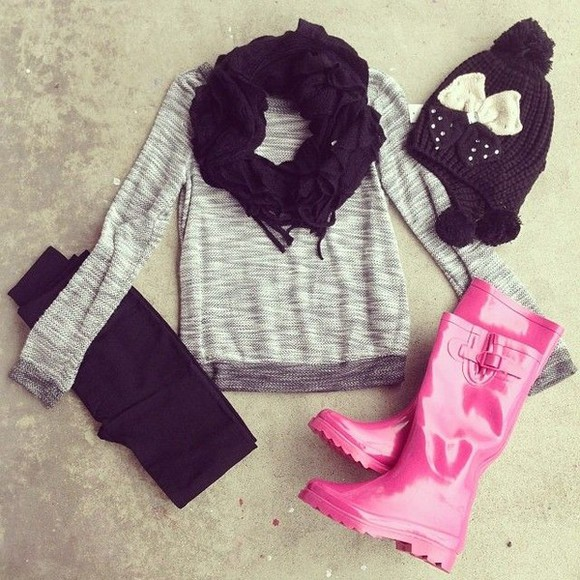 shirt shoes hat gray shirt pink boots black hot bow leggings scarf pants