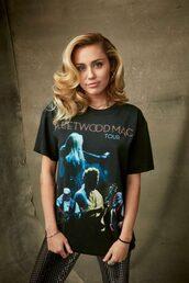 t-shirt,miley cyrus,celebrity,top,hair,blonde hair
