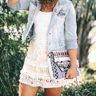 life & messy hair blogger bag skirt jacket tank top jewels crochet crochet skirt clutch denim jacket summer outfits