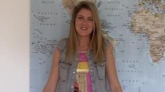 baby modeuse maxi skirt white shirt video interview dress hat shoes bag skirt sweater jacket shirt