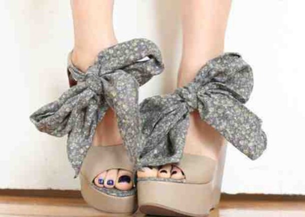 shoes high heels wedges bowtie bows grey