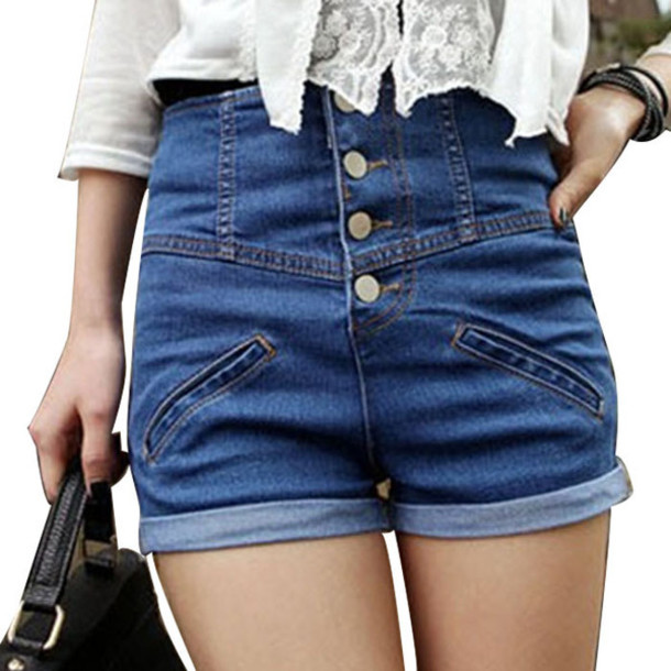 Are high-waisted shorts in right now?