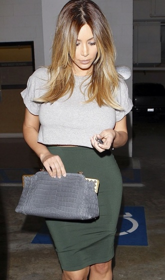 kim kardashian pencil skirt clutch grey t-shirt