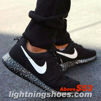 shoes nike nike roshe run sneakers marble white black minimalism flats
