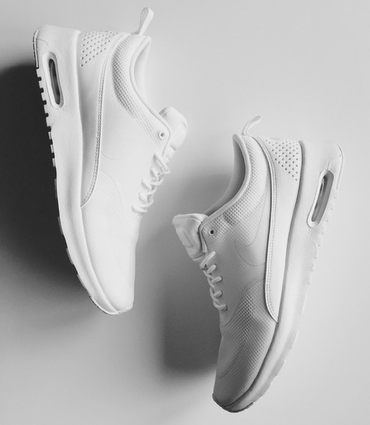 dd1dbb9e4f1 Shoes - Wheretoget