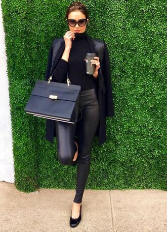 top pants all black everything black olivia culpo instagram purse turtleneck sunglasses ballet flats flats black leather pants leggings leather pants leather leggings black heels black top black bag black sunglasses